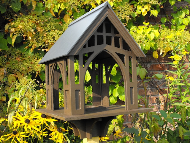 Hardy's Gate Bird Table